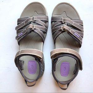 TEVA Tirra athletic sandals size 7